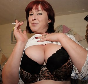 Big Tits Smoking Porn Pictures